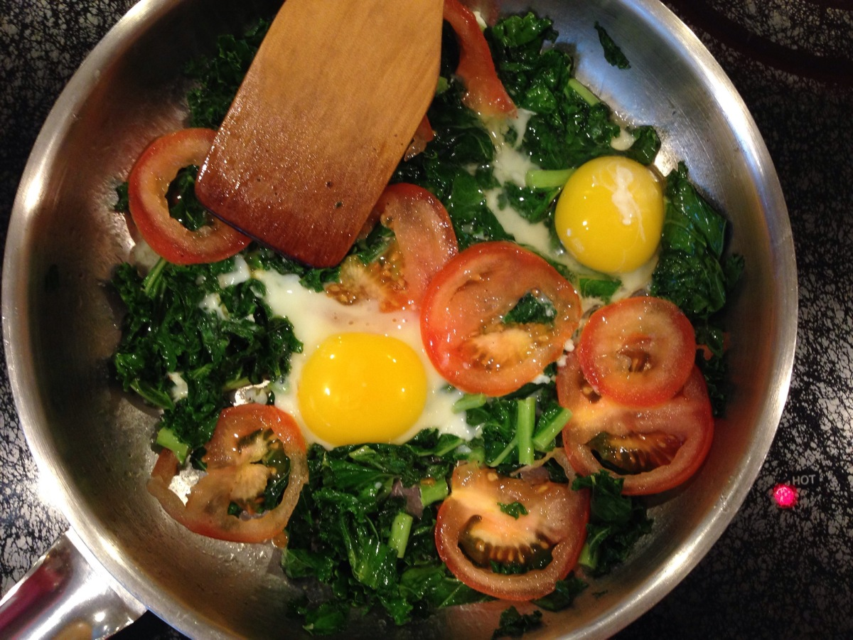 Nourish: Eggs With Sautéed Kale and Tomatoes